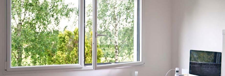 porte-fenêtre à 3 vantaux
